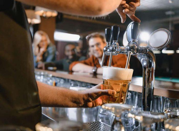 soirée musicale dans un bar